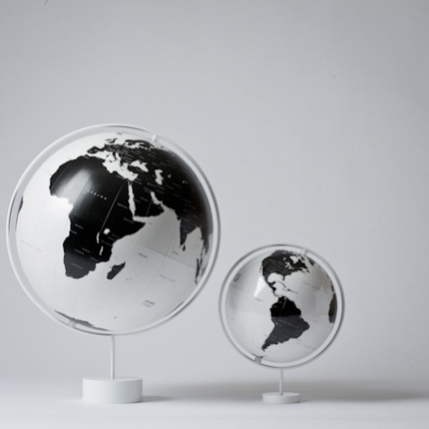 W474 H474 41277 nendo corona globe