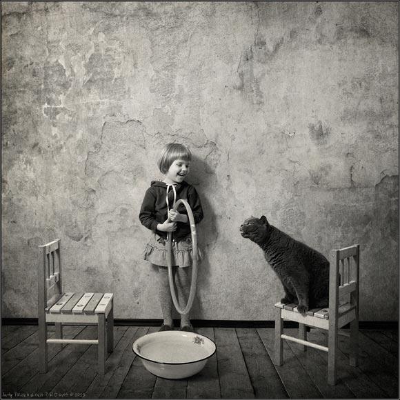 cat&littlegirl-13
